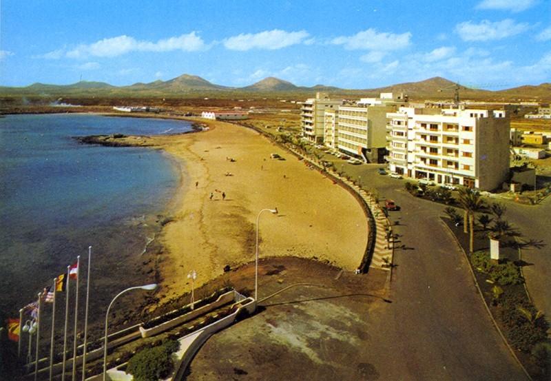 Avenida playa de El Reducto II