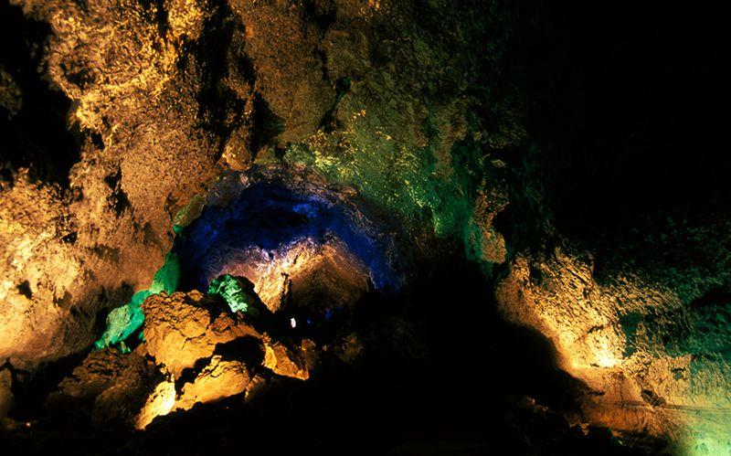 Cueva de los Verdes VI
