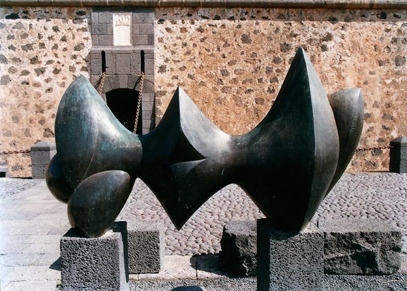 Escultura de Baltasar Lobo en el MIAC