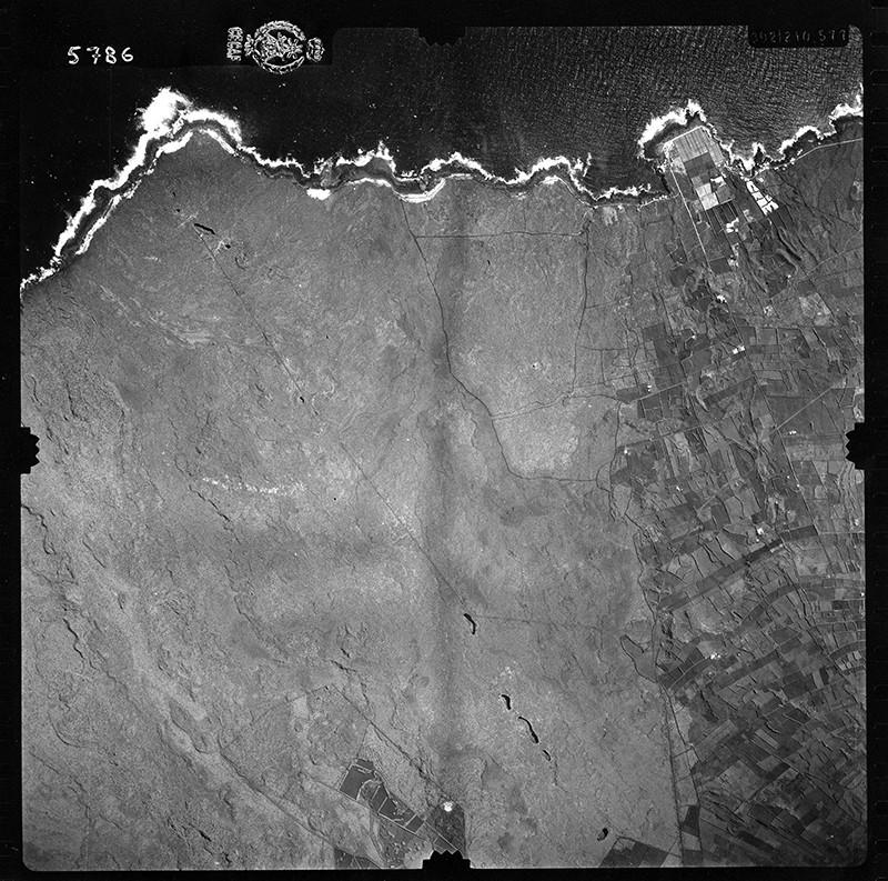 Fotografía aérea de Punta Mujeres en 1954 II