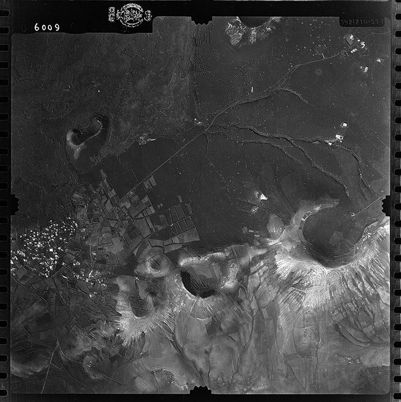 Fotografía aérea de Uga en 1954 I