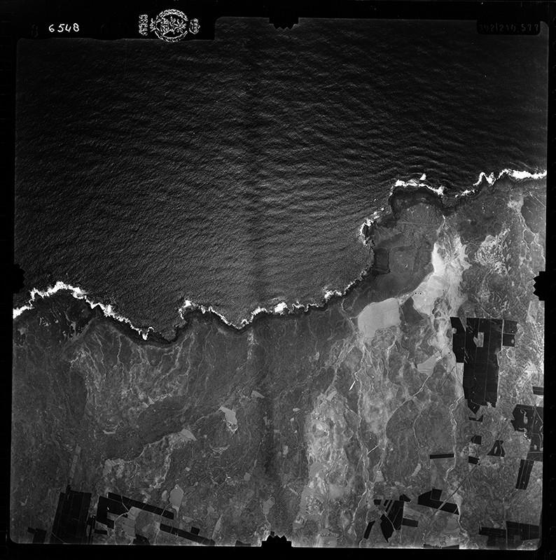 Fotografía aérea de la costa de Tinajo en 1956