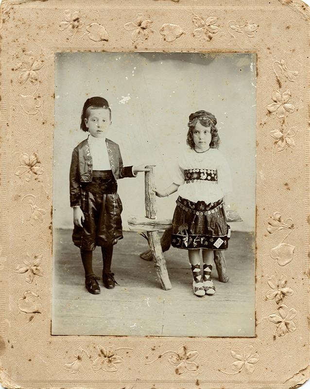 Niños disfrazados I