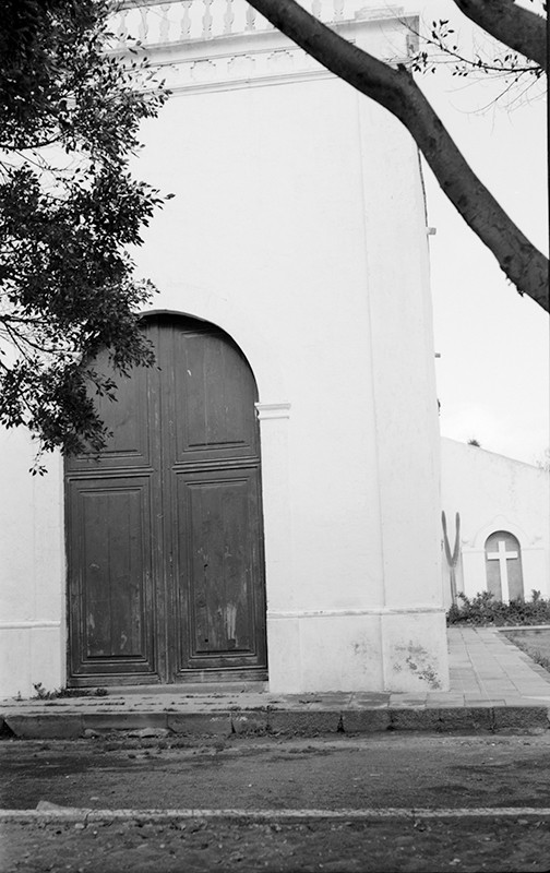 Puerta y Cruz de los Caídos