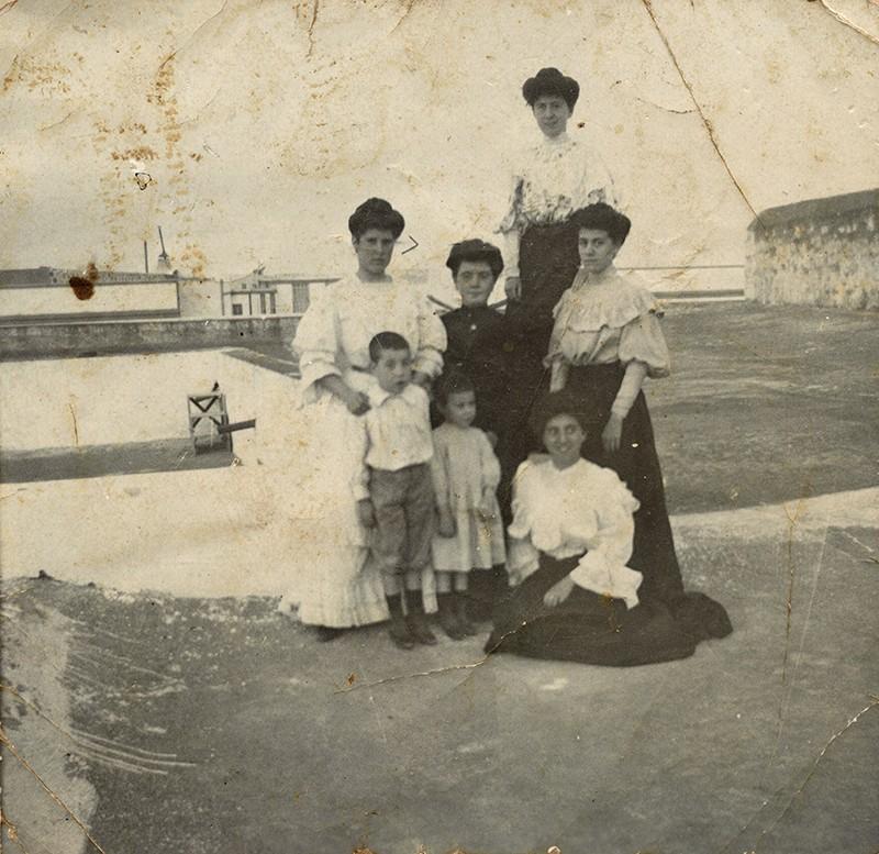 Mujeres de la familia Cabrera I