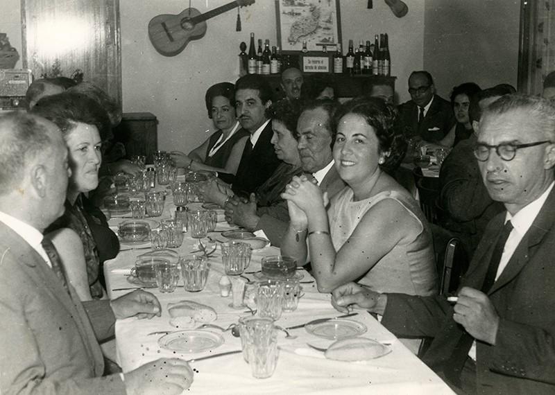 Almuerzo de médicos con sus esposas II