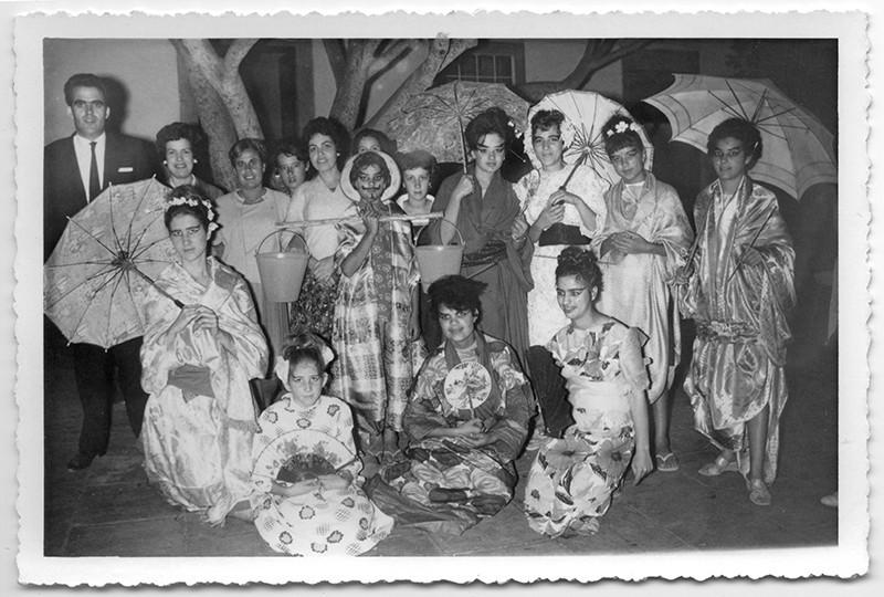 Grupo de la fiesta de Santa Rosa