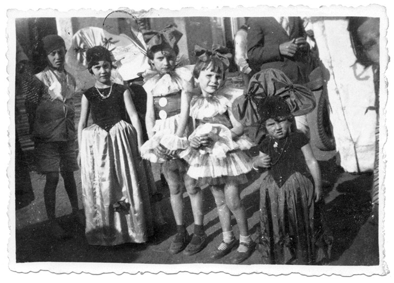 Niñas de carnaval