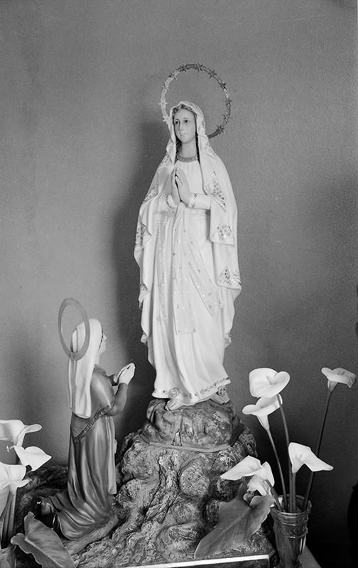 Virgen de Lourdes II