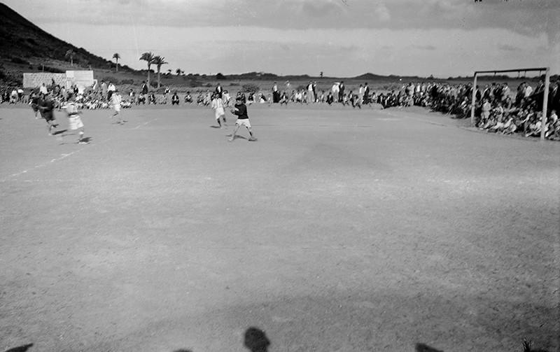 Inauguración del campo de Máguez