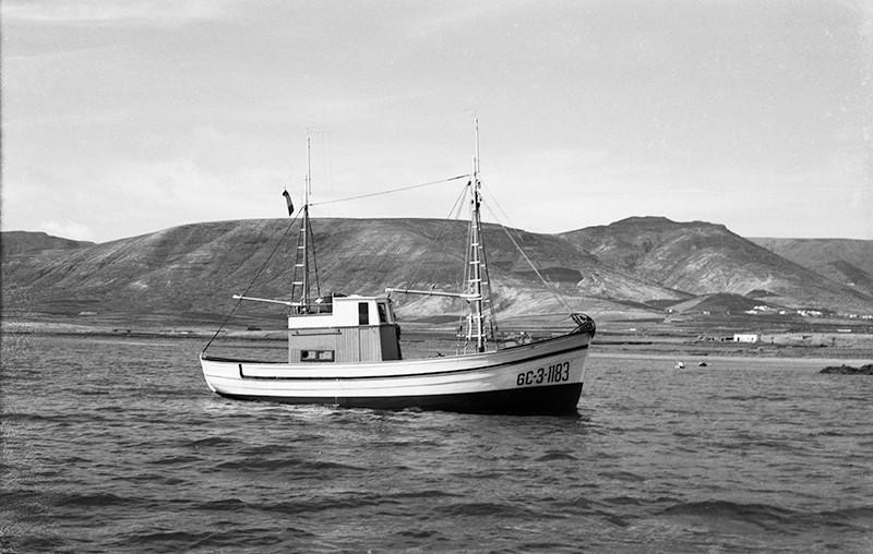 Barco en la zona de Arrieta I