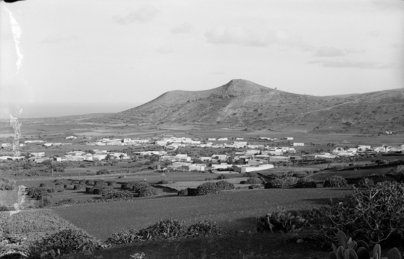 Vista del pueblo de Máguez I
