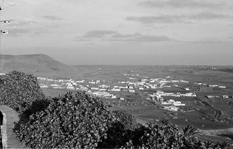 Vista del pueblo de Máguez II