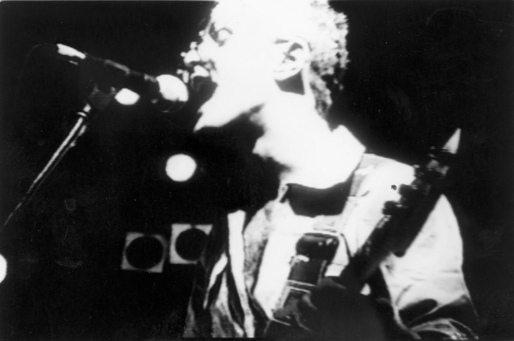 """Carlos Toledo, bajista de """"La Isla"""""""
