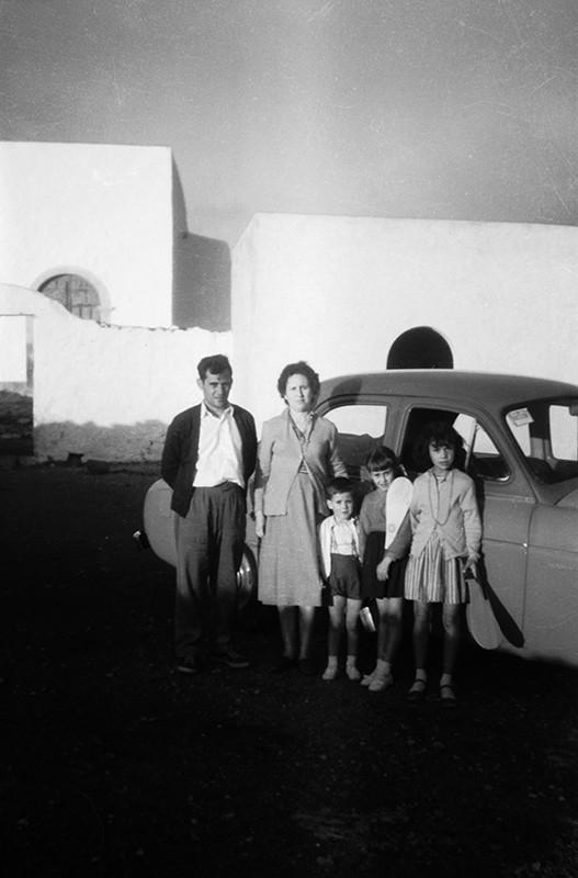 Familia en la ermita de Las Nieves IV