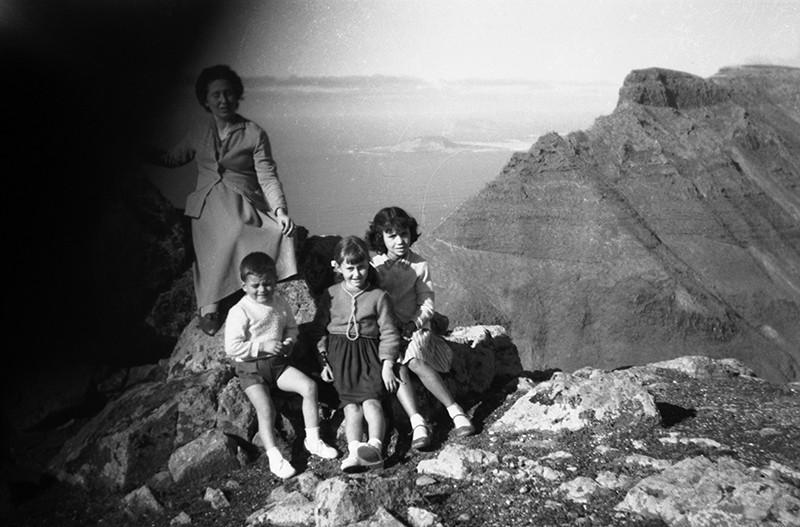 Familia en la ermita de Las Nieves V