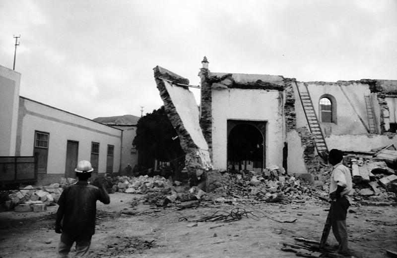 Derribo de la antigua iglesia de Haría VII