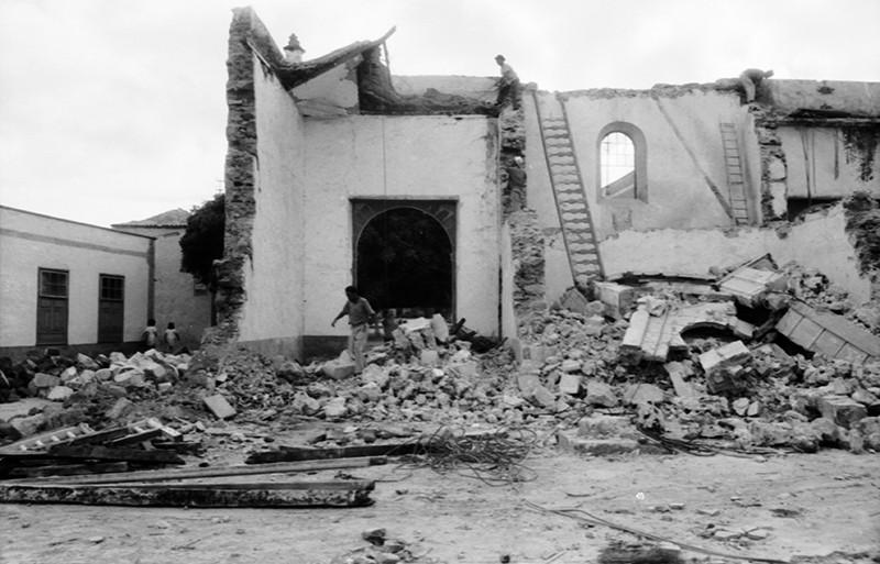Derribo de la antigua iglesia de Haría XII