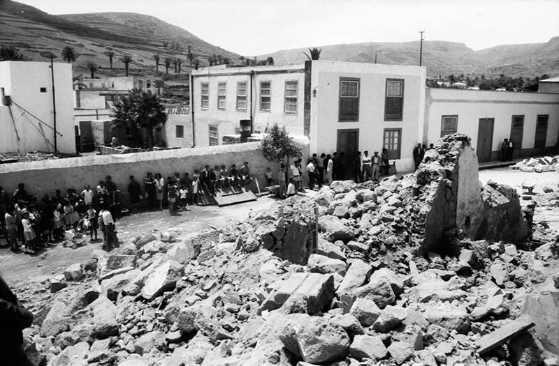 Derribo de la antigua iglesia de Haría XIX