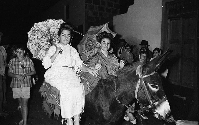 Cabalgata en Máguez III