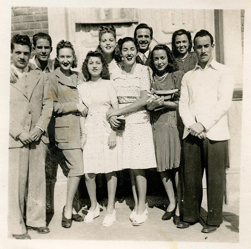 Grupo de amigos con César Manrique