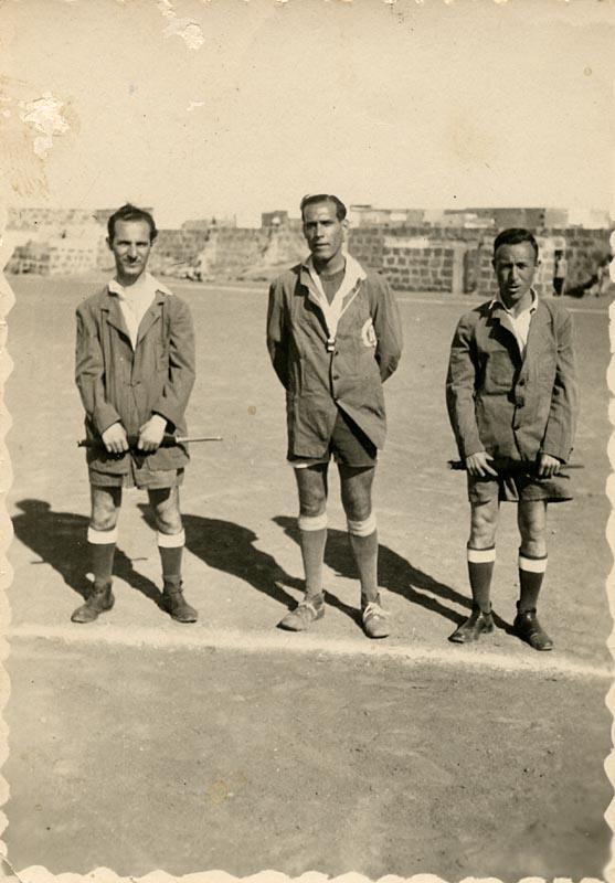 Árbitros de fútbol II