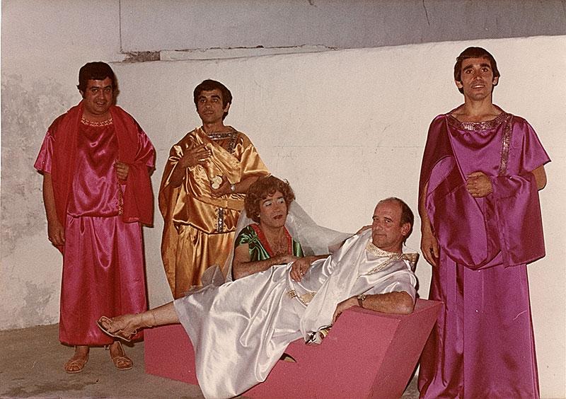 Julio César y su cortejo