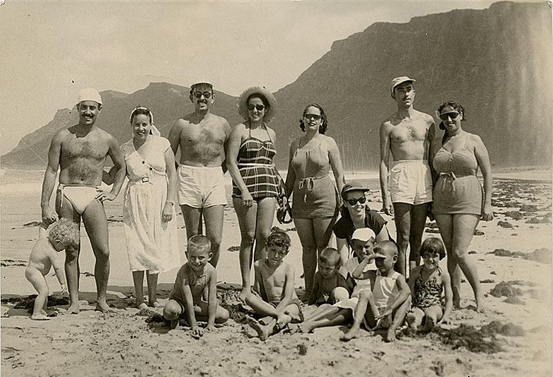 César Manrique y amigos en Famara