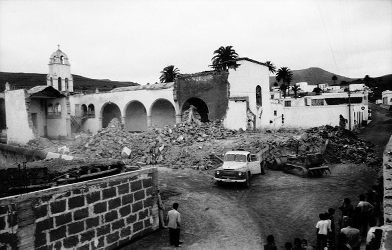 Derribo de la antigua iglesia de Haría XXIII
