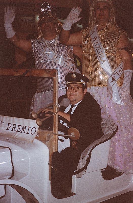 Miss La Puntilla y Miss La Plazuela