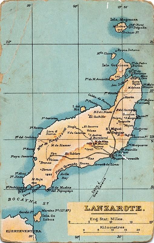 Postal turística con un mapa de Lanzarote