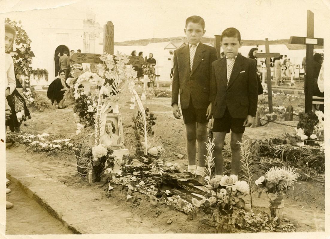 En el cementerio de Arrecife III