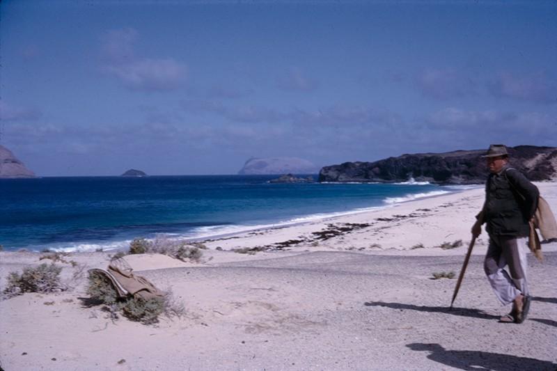 En la playa de Las Conchas I