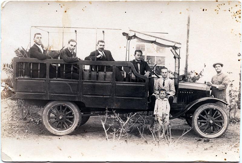 Camión de D. Ventura Acuña