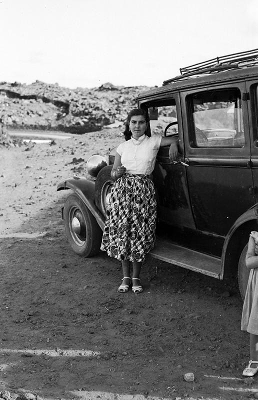 Joven en un 'Ford' II