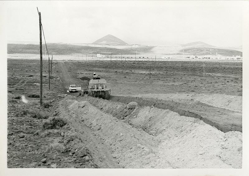 Construcción de la carretera a Puerto del Carmen IV