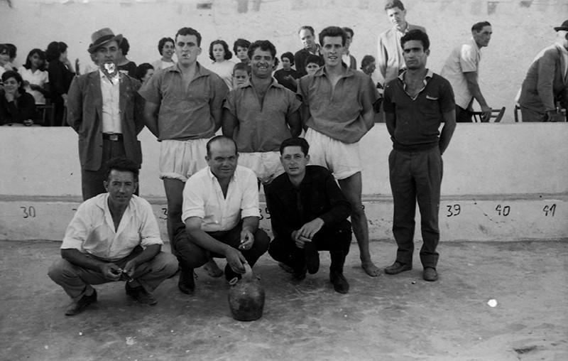 Luchadores en Máguez