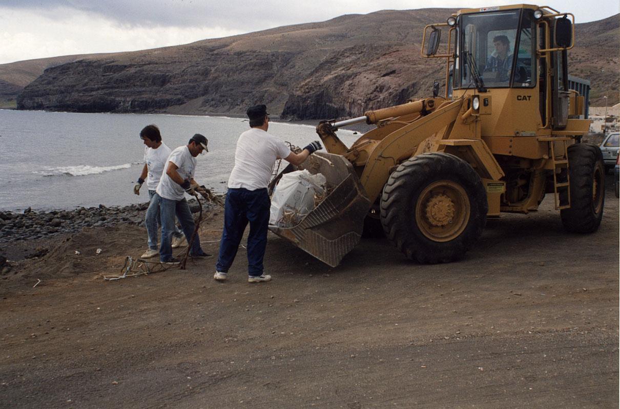Campaña de limpieza de Playa Quemada I