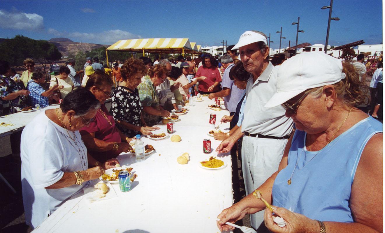 Fiesta del PIL en 2000 II