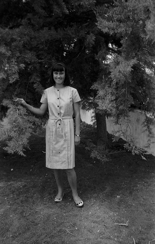 Chica joven en Villa Dolores II