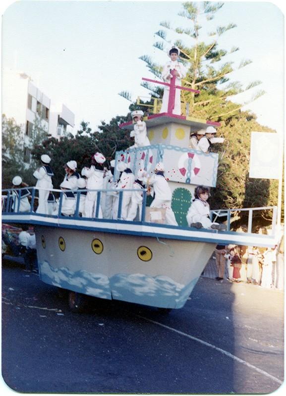 Carrozas de carnaval III