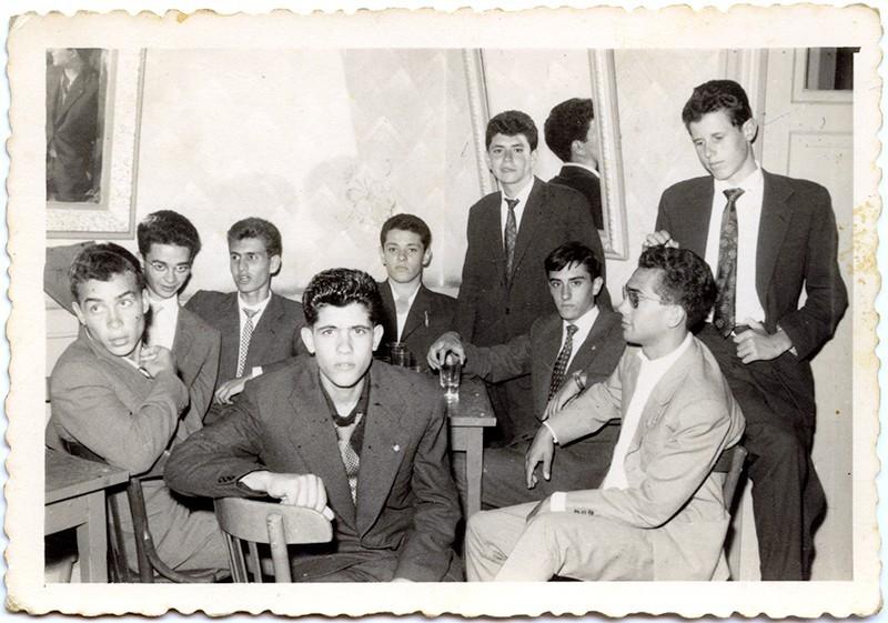 Jóvenes en el 'Círculo Mercantil'
