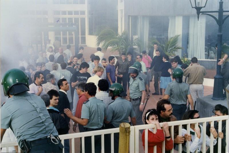 Manifestación en el Apartahotel Fariones III