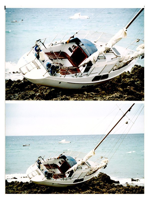 Barco encallado en Arrieta I