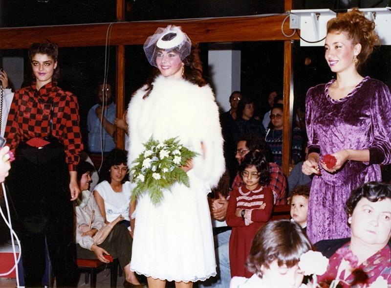 Desfile de moda otoño-invierno XXIV