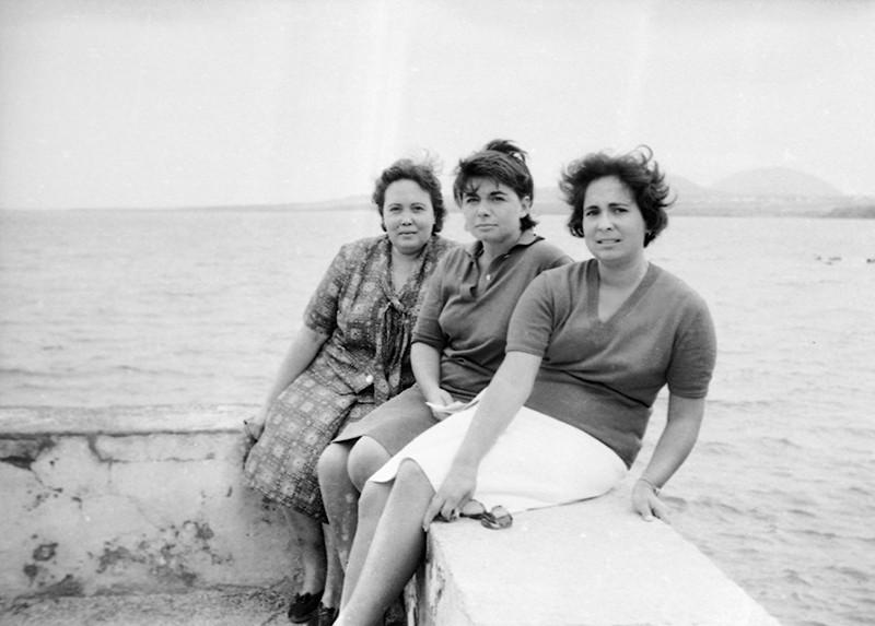 Mujeres en Arrieta III