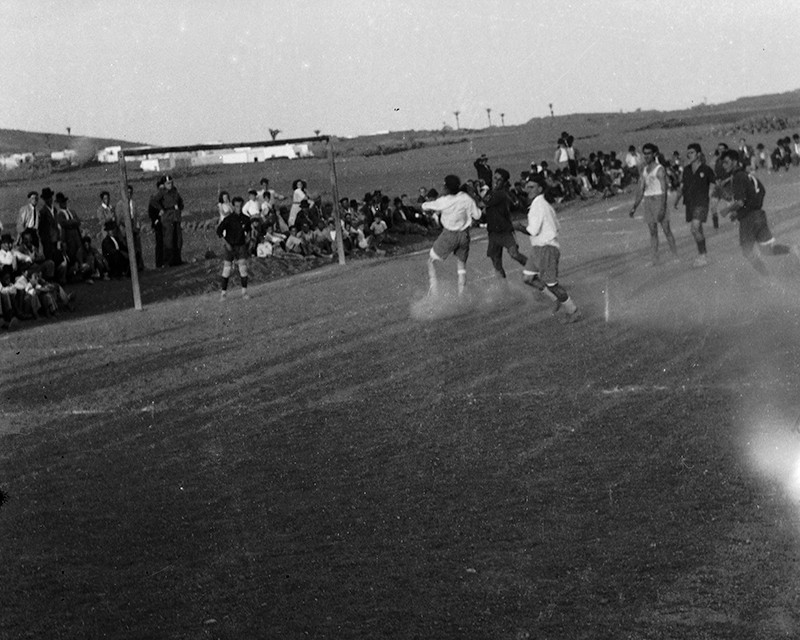 Partido de fútbol en Máguez I
