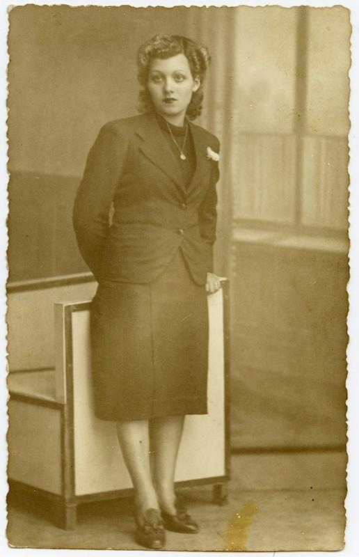 Retrato de Nieves González Díaz II