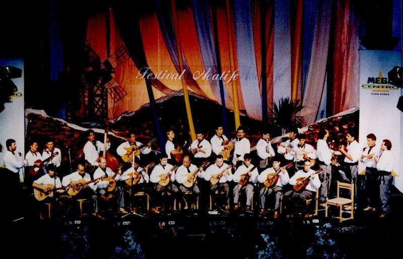 Grupo de Música Popular Acatife III