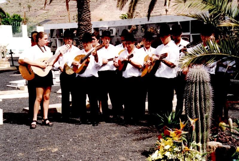 Grupo Folclórico La Peña II